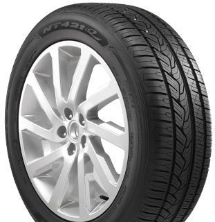 NT421Q tire picture - right view